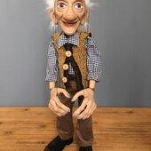 Tiempo de Optimismo, tiempo Marionetas, construidas en resina, madera tallada y estructura de hierro #marionetas #titeres #ricimarionettes