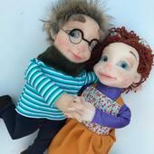 Se conocieron en cuarentena ❤️💙 hoy ya juntitos!!!. Titeres gestuales en goma espuma #marionetas #titeres #puppets